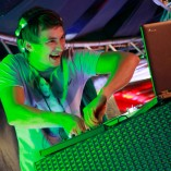 DJ ( didzhej ) (4)