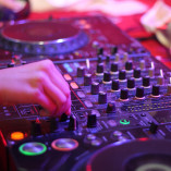 DJ ( didzhej ) (5)